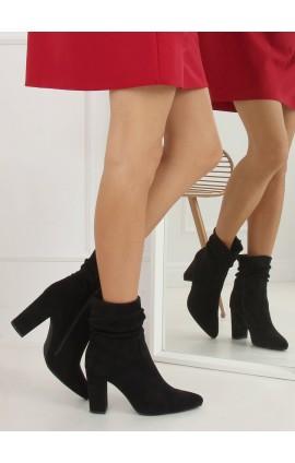 Auliniai batai ant kulno WS005j juodi